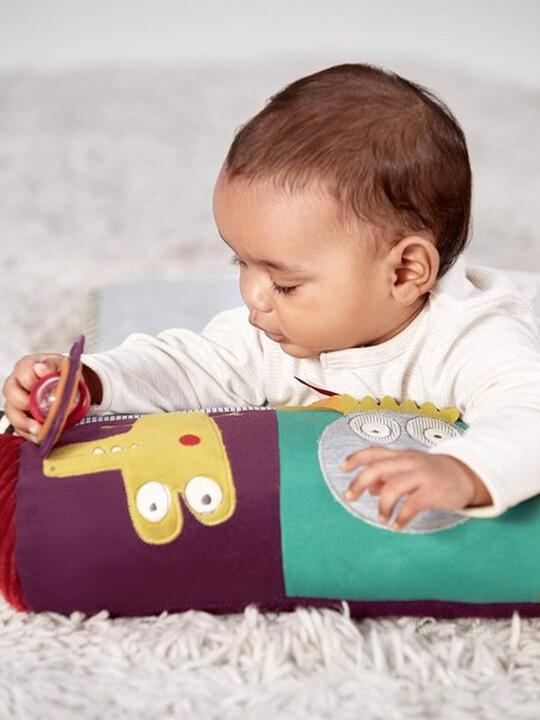 دمية وسجادة الأنشطة وقت الاستلقاء على البطن image number 2