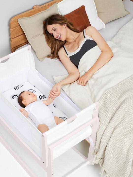 مهد سنوزبود⁴ لجانب السرير - أبيض روز/ وردي image number 6